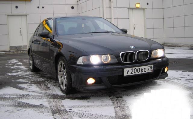 BMW 530 avariat 2010 Benzina Berlina - 10 Ianuarie 2011 - Poza 1