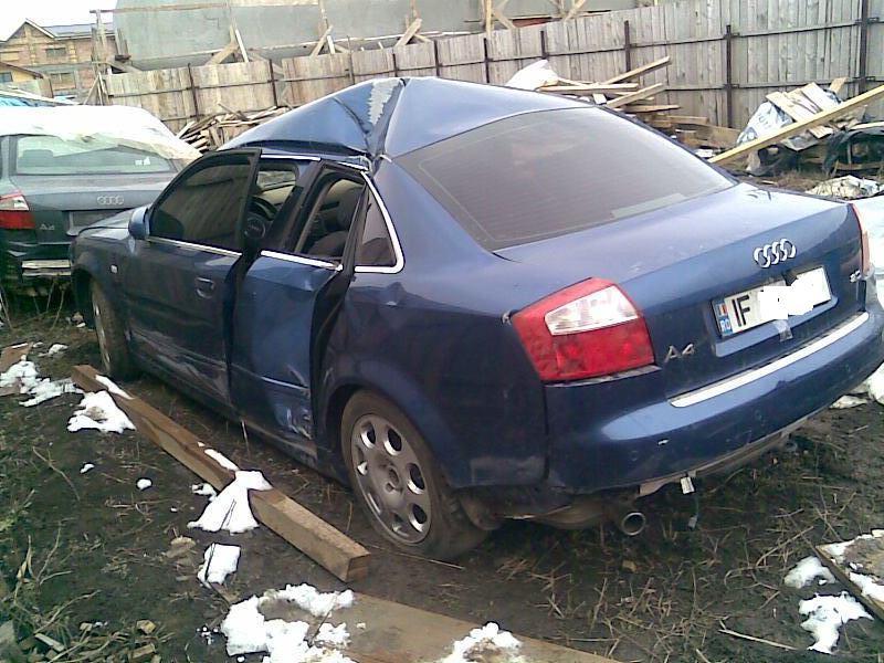 Audi A4 avariat 2004 Benzina Berlina - 31 Martie 2011 - Poza 1