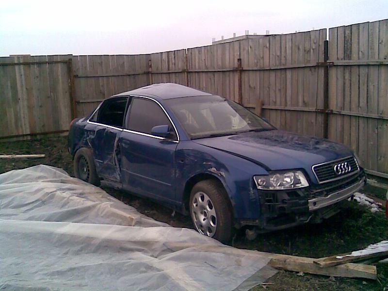 Audi A4 avariat 2004 Benzina Berlina - 31 Martie 2011 - Poza 5
