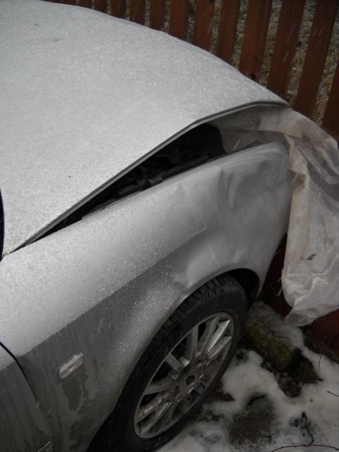 Audi A6 avariat 2001 Diesel Berlina - 16 Februarie 2011 - Poza 2