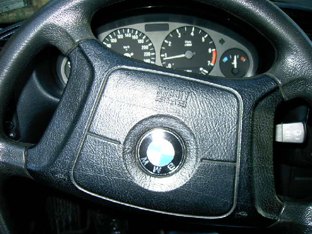 BMW 316 avariat 1996 Benzina Berlina - 12 Mai 2011Maramures - Poza 4