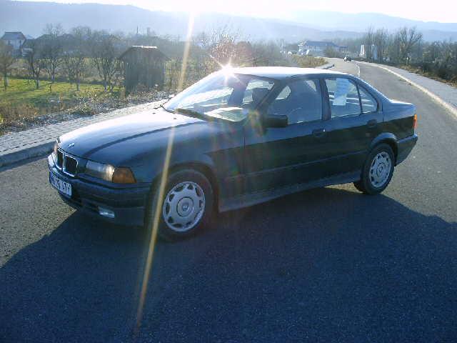 BMW 316 avariat 1996 Benzina Berlina - 12 Mai 2011 - Poza 4