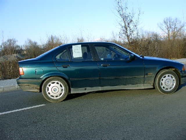 BMW 316 avariat 1996 Benzina Berlina - 12 Mai 2011 - Poza 2