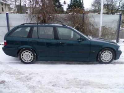 BMW 325 avariat 1996 Diesel Combi - 20 Aprilie 2011 - Poza 1
