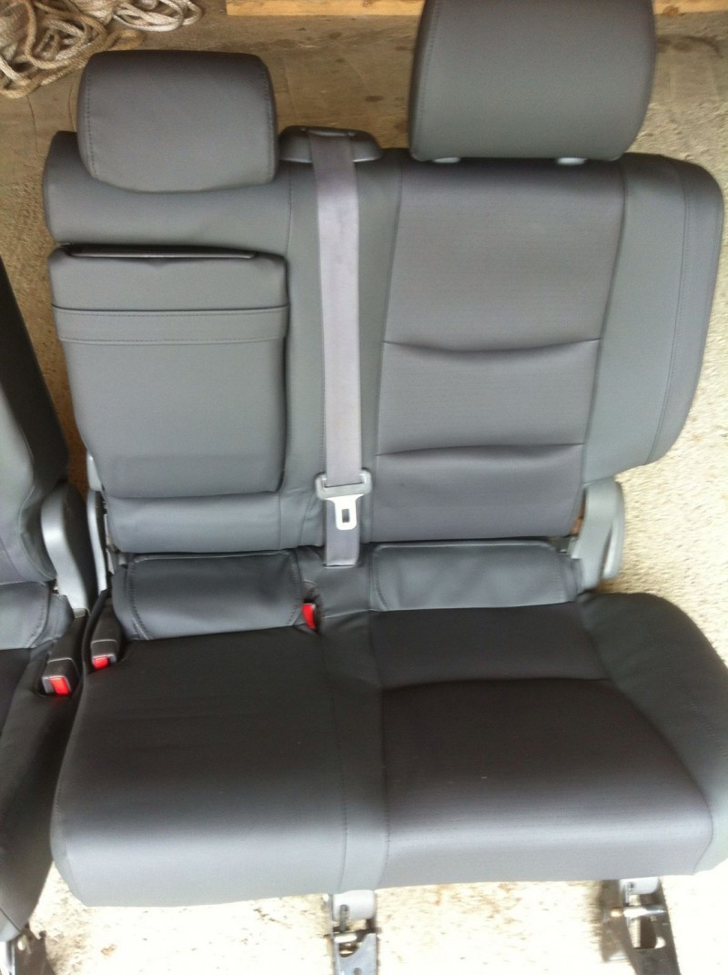 Bancheta Spate - Toyota Landcruiser din piese  dezmembrari auto - Poza 2