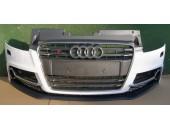 Bara fata - Audi TT