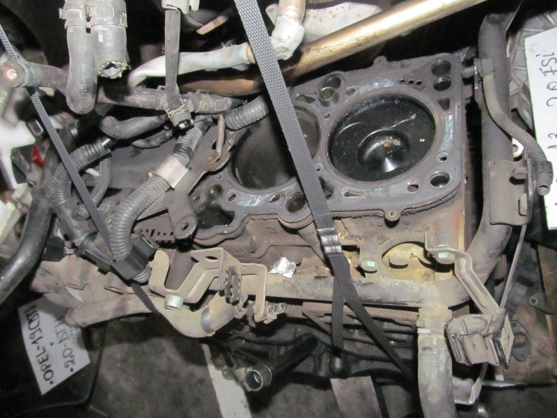 Bloc motor - Audi A8 din piese  dezmembrari auto - Poza 1