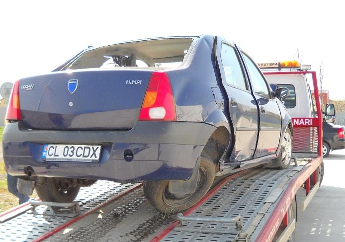 Dacia Logan avariat 2005 Benzina Berlina - 19 Octombrie 2011 - Poza 2