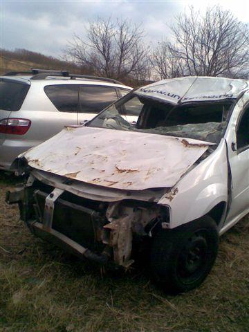 Dacia Logan avariat 2007 Diesel VAN - 18 Noiembrie 2011 - Poza 4