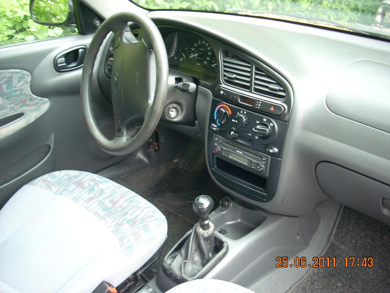 Daewoo Lanos avariat 1999 Benzina Berlina - 14 Iulie 2011 - Poza 1