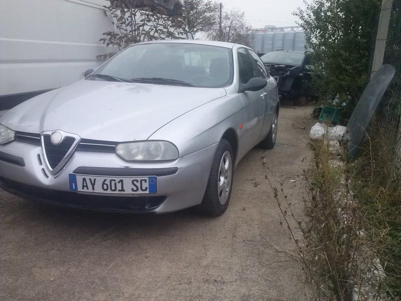 Dezmembrez Alfa Romeo 156 - Poza 4