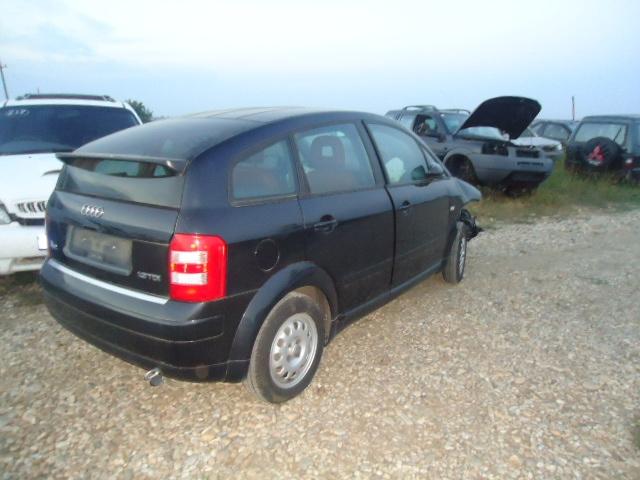 Dezmembrez Audi A2 - Poza 1