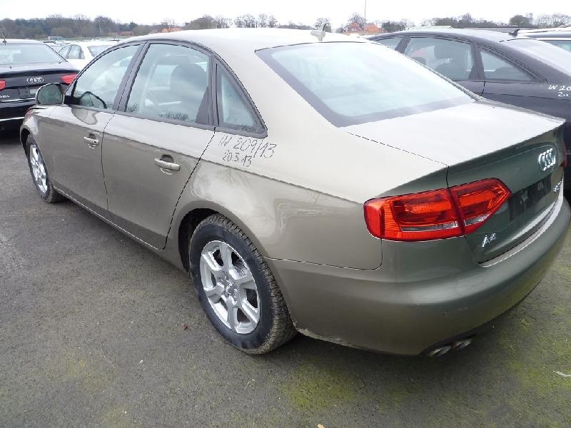 Dezmembrez Audi A4 - Poza 4
