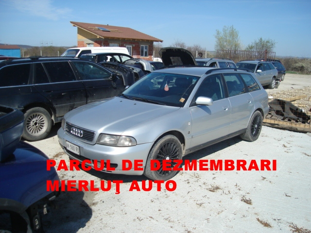 Dezmembrez Audi A4 1999 Benzina Combi - 20 Septembrie 2012 - Poza 5
