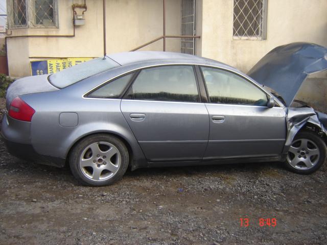 Dezmembrez Audi A6 1999 Diesel Berlina - 14 Octombrie 2011 - Poza 2