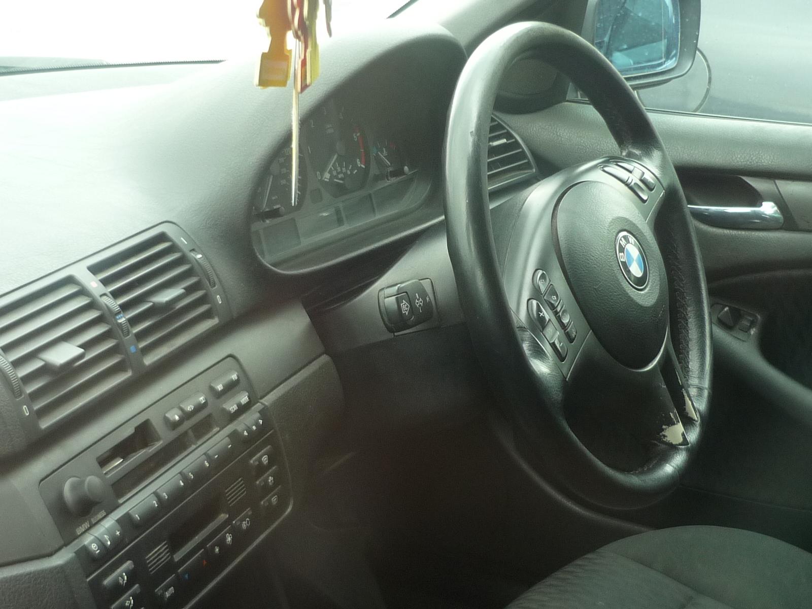 Dezmembrez BMW 320 2000 Diesel Berlina - 19 Octombrie 2011 - Poza 1