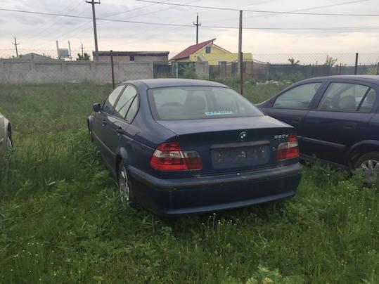 Dezmembrez BMW 320 - Poza 1