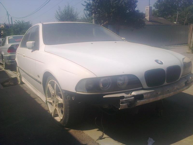 Dezmembrez BMW 330 - Poza 4