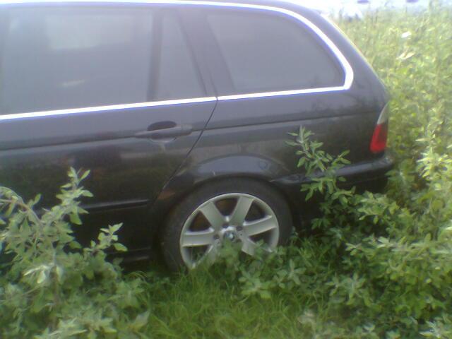 Dezmembrez BMW 330 2002 Diesel Combi - 20 Iulie 2011 - Poza 1