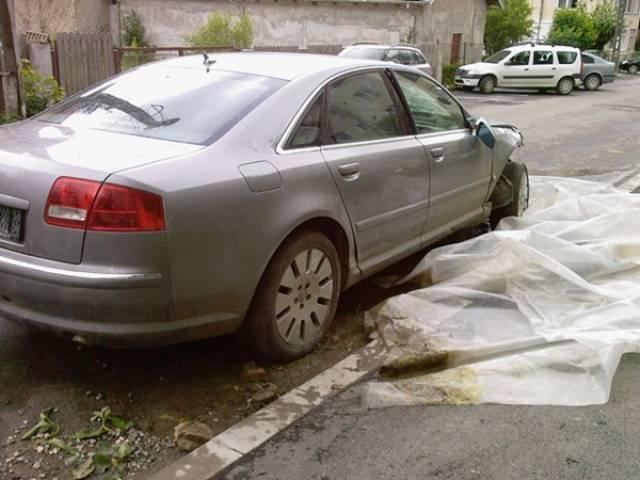 Dezmembrez BMW 330 2004 Benzina Berlina - 28 Ianuarie 2013 - Poza 2