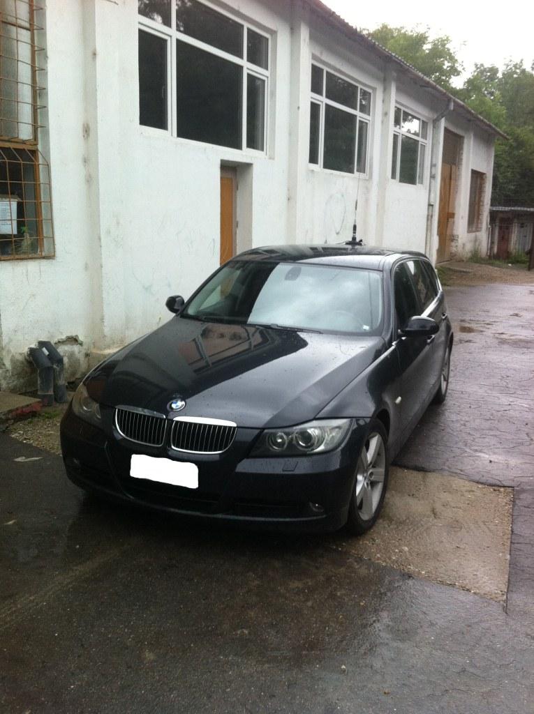 Dezmembrez BMW 330 2006 Diesel Combi - 30 Iulie 2011 - Poza 2