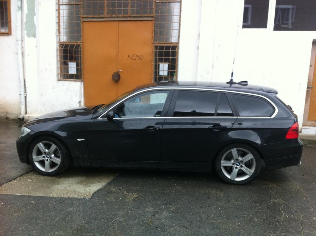 Dezmembrez BMW 330 2006 Diesel Combi - 30 Iulie 2011 - Poza 1