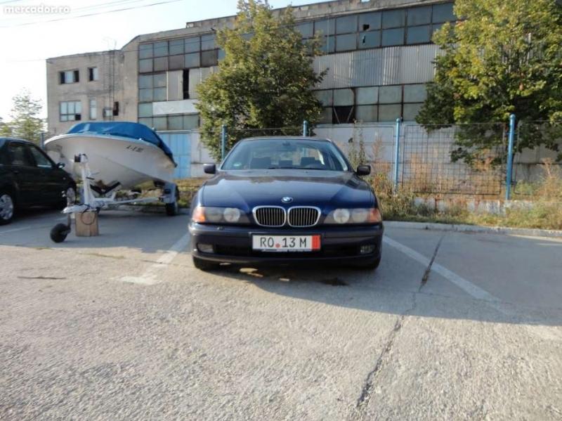 Dezmembrez BMW 520 - Poza 1