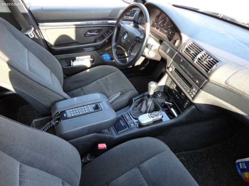 Dezmembrez BMW 520 - Poza 2