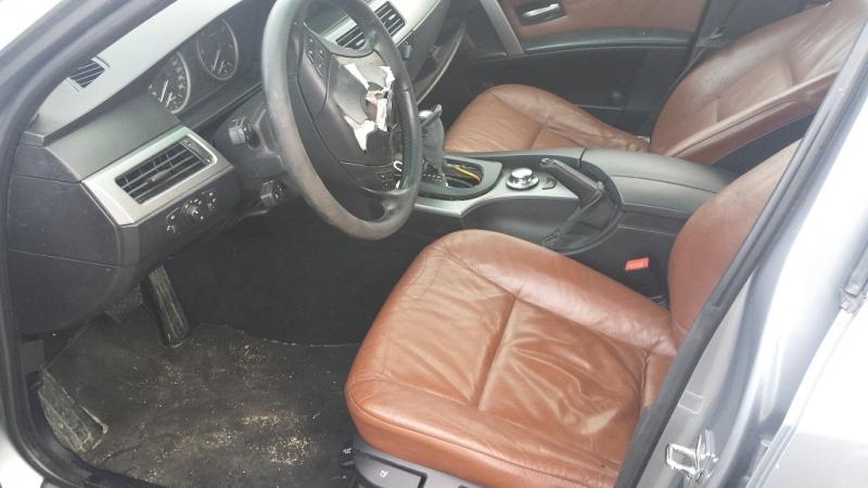 Dezmembrez BMW 530 - Poza 1
