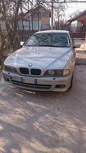 Dezmembrez BMW 530