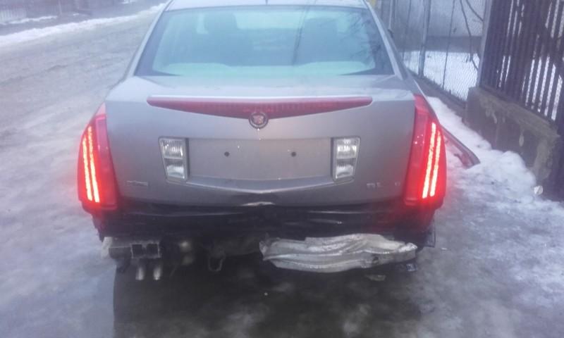 Dezmembrez Cadillac BLS - Poza 2