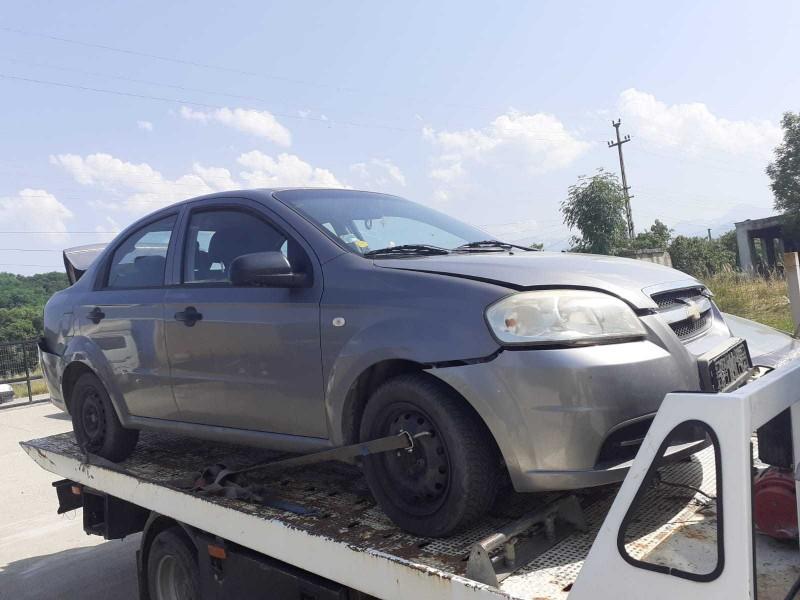 Dezmembrez Chevrolet Aveo - Poza 1