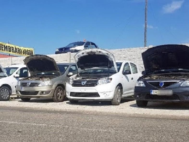Dezmembrez Dacia Logan I - Poza 2