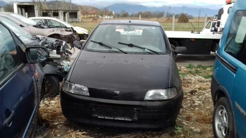 Dezmembrez Fiat Punto - Poza 3