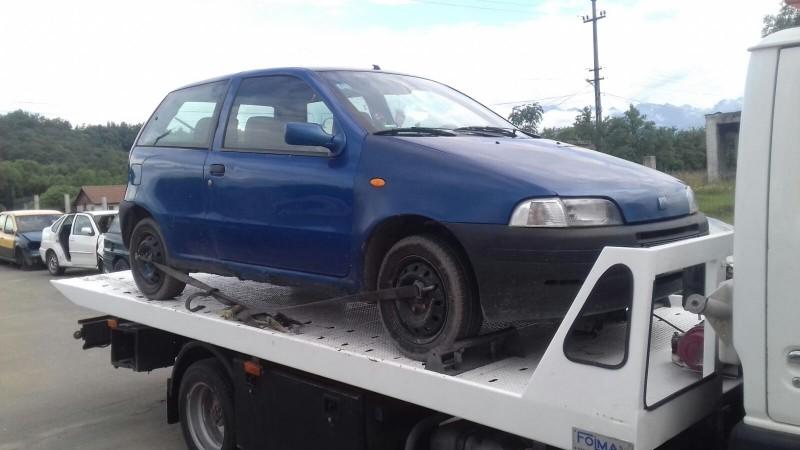 Dezmembrez Fiat Punto - Poza 4