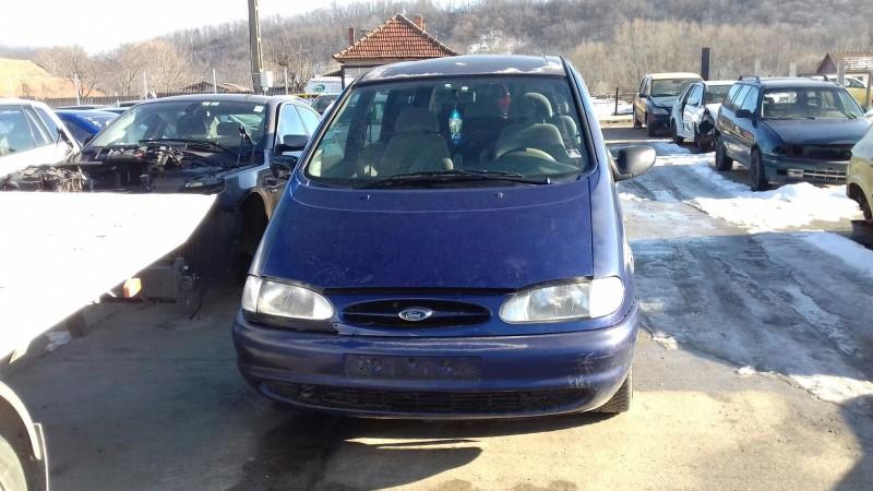 Dezmembrez Ford Galaxy - Poza 4