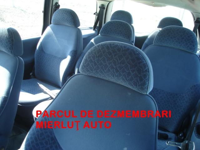 Dezmembrez Ford Galaxy 1999 Diesel Monovolum - 20 Septembrie 2012 - Poza 3