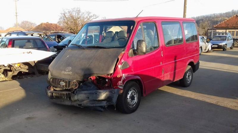 Dezmembrez Ford Transit - Poza 3