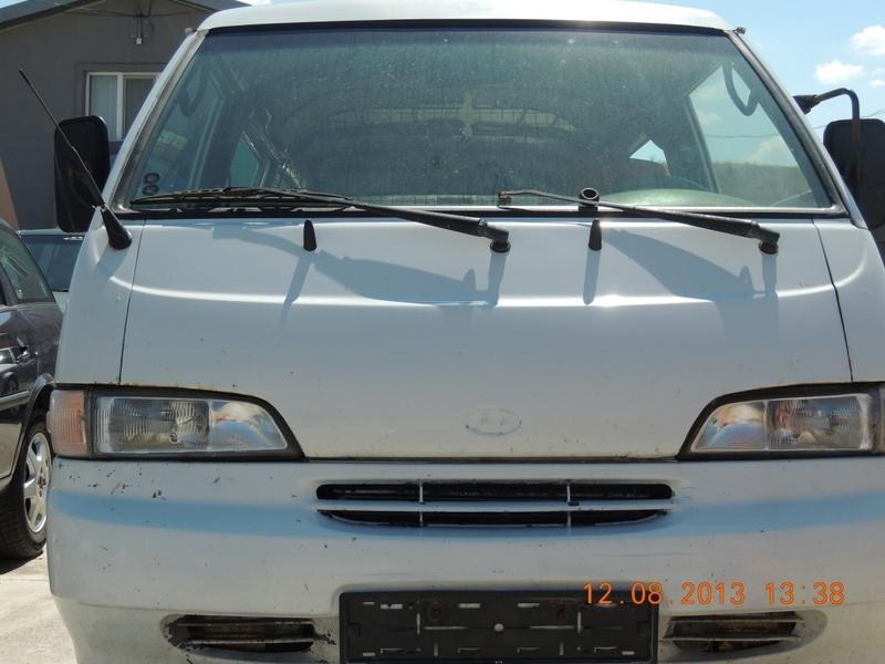 Dezmembrez Hyundai H1 - Poza 3