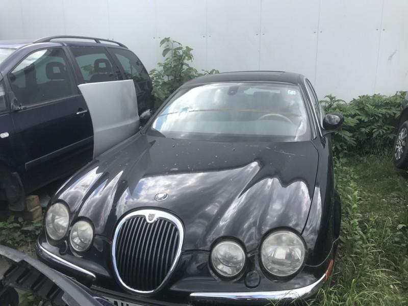 Dezmembrez Jaguar S - Poza 4