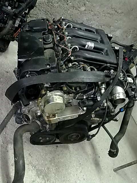 Dezmembrez MOTOR BMW 330 - 26 Iulie 2011 - Poza 4