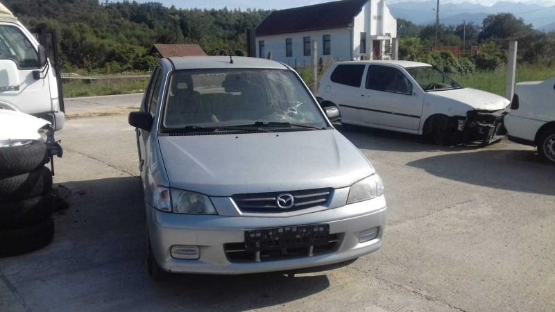 Dezmembrez Mazda 2 - Poza 1
