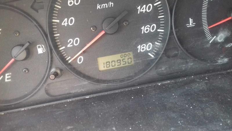 Dezmembrez Mazda 2 - Poza 3