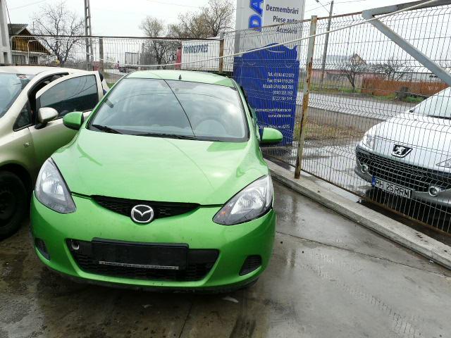 Dezmembrez Mazda 2 2008 Benzina Hatchback - 13 Aprilie 2011 - Poza 3