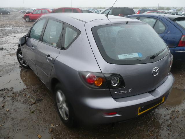 Dezmembrez Mazda 3 2006 Benzina Berlina - 23 Septembrie 2011 - Poza 1