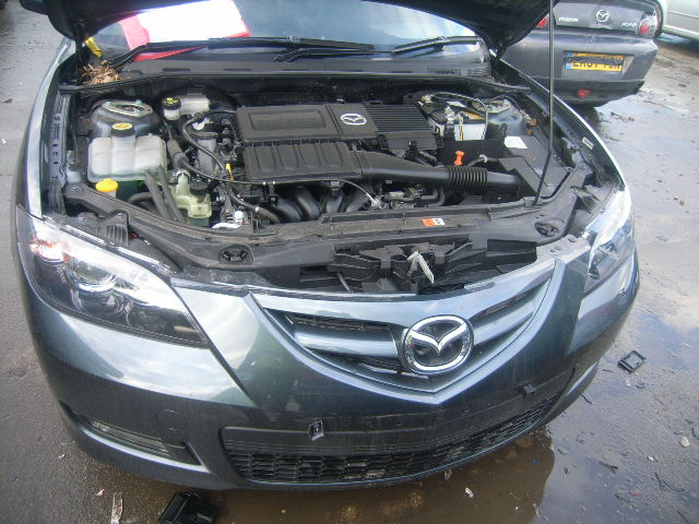 Dezmembrez Mazda 3 2009 Benzina Berlina - 28 Februarie 2012 - Poza 2