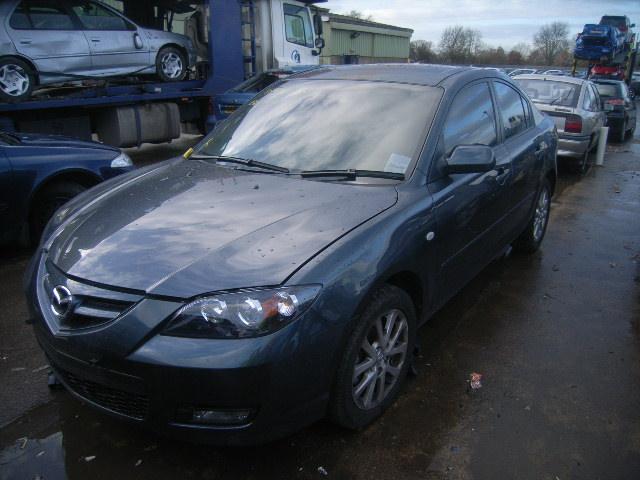 Dezmembrez Mazda 3 2009 Benzina Hatchback - 18 Noiembrie 2011 - Poza 3