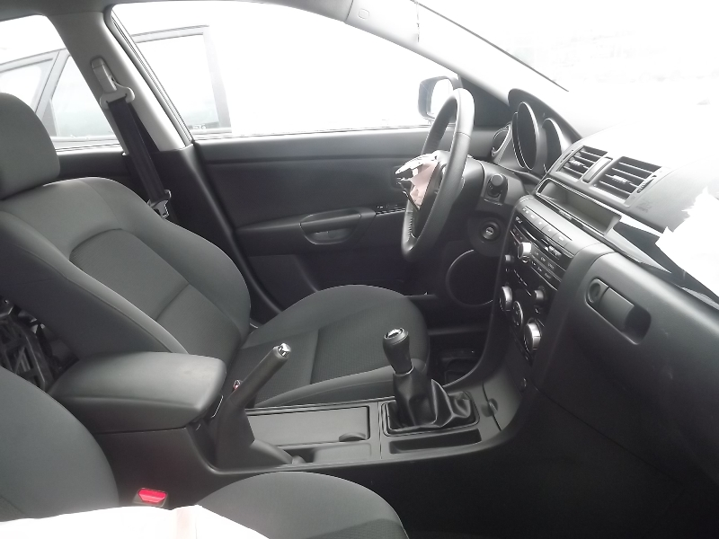 Dezmembrez Mazda 3 2009 Benzina Hatchback - 01 Iunie 2012 - Poza 4