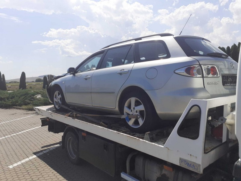 Dezmembrez Mazda 6 - Poza 4