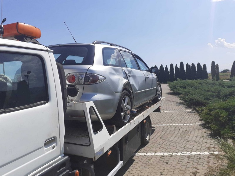 Dezmembrez Mazda 6 - Poza 2